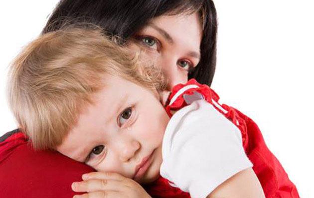 مشاعر طفلك وتعليمه كيفية التعامل معها