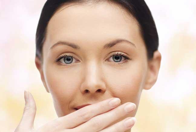 القضاء على رائحة الفم الكريهة