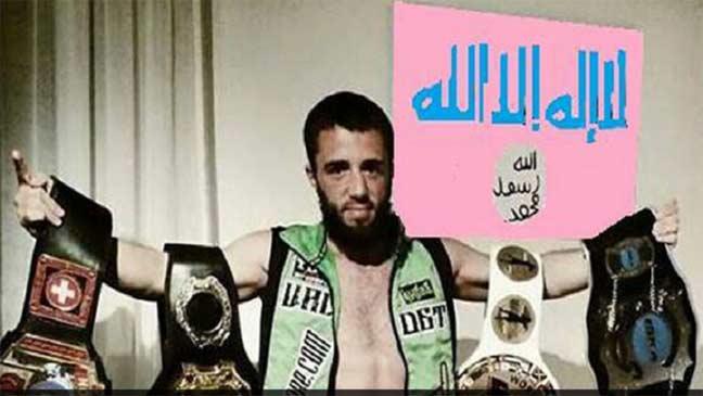 """بطل العالم في الملاكمة التايلاندية ينضم لتنظيم """"الدولة الإسلامية"""" في سوريا"""