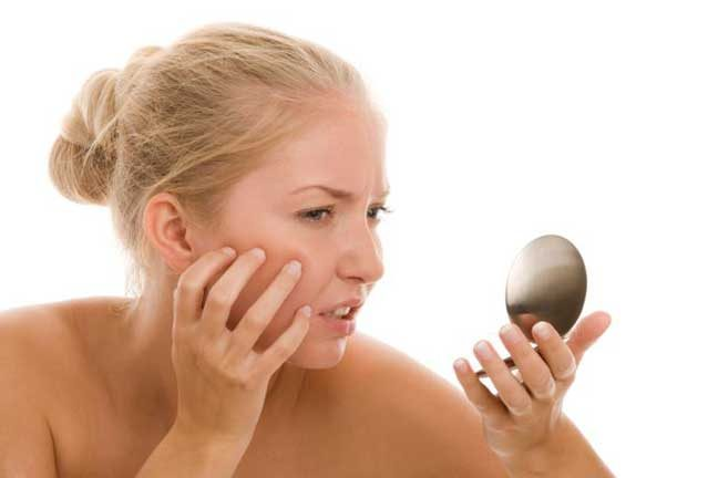 تغيرات في لون الجلد – رقع أو بقع سمراء و فاتحة