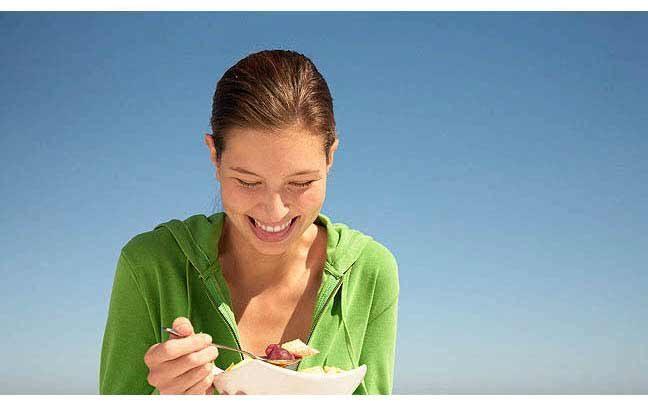 فاكهة وخضار في كل وجبة تساعد على حماية الصحة