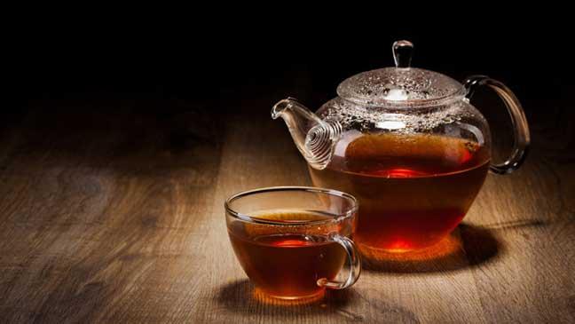الشاي يحمي عظام المسنين من الكسر
