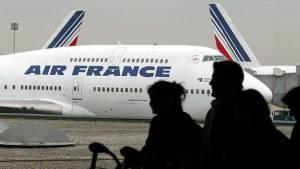 مضيفو الخطوط الجوية الفرنسية المثليون يرفضون السفر إلى إيران