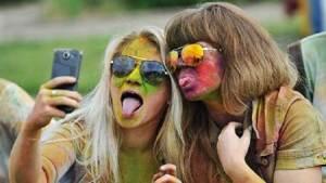 علاقات جنسية غير مأمونة أكبر خطر على المراهقين