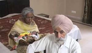 سبعينية هندية تنجب مولودها الأول