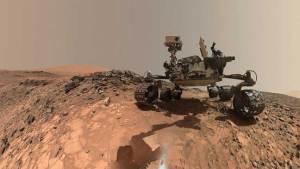 العلماء يكتشفون معدنا غريبا في المريخ