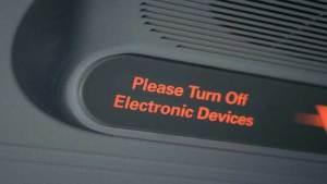 """""""إيروفلوت"""" تسمح بعدم غلق الهواتف في رحلاتها"""
