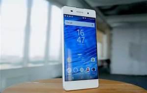 "فيديو يكشف مزايا هاتف سوني ""Xperia XA"""