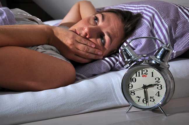 خدعة سحرية تجعلك تنام في دقيقة واحدة فقط