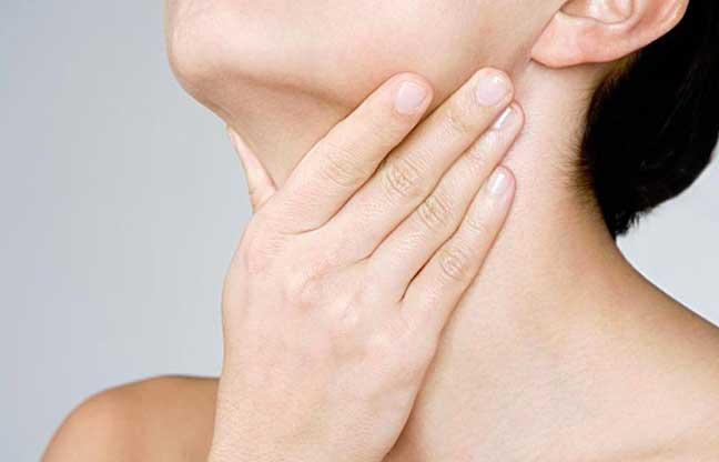 وصفة لعلاج التهاب اللوزتين في ساعات