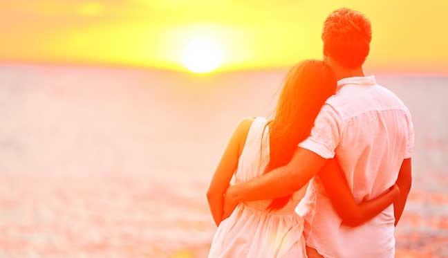 علماء يحددون حقيقة الحب من النظرة الأولى