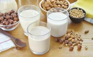 المكسرات والحليب أكثر الأغذية تلوثاً بالسموم الفطرية