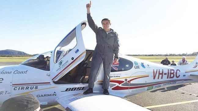 شاب أسترالي ينتزع لقب أصغر طيار يقوم برحلة حول العالم منفردا