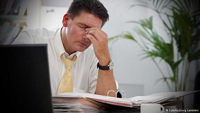 دراسة: تحمل الرجل مسؤولية إعالة الأسرة وحده خطر على صحته