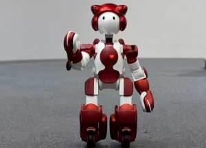 الروبوت EMIEW3