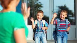 كيف تجعل ابنك يتمنى الذهاب إلى المدرسة؟