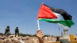 فلسطيني يدخل غينيس كأقدم محام