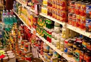 الأغذية المحفوظة في البلاستيك: أين مكمن الخطر