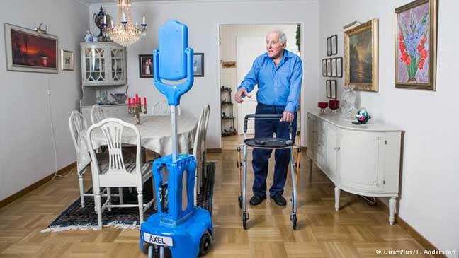 تصميم روبوت يساعد مرضى الجلطة الدماغية على الحركة