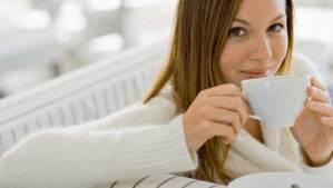 الشاي يحمي النساء من أمراض القلب والجلطة