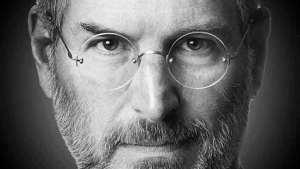 ستيف جوبز.. أسطورة نجاح