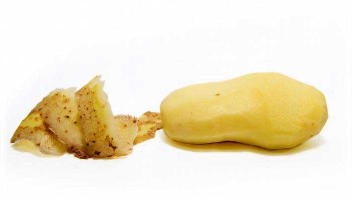 قشرة البطاطا: صحية أم سامة؟