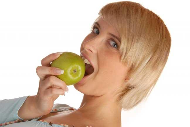 للشابات فقط: هذه الفواكه تحمي ثدييك من السرطان