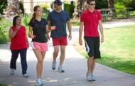 دراسة: المشي يساعد على الإبداع في العمل