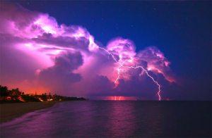 هل يمكن اعتماد البرق كمصدر للطاقة الكهربائية؟