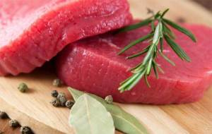 دراسة تنفي علاقة تناول اللحوم الحمراء بالأزمات القلبية