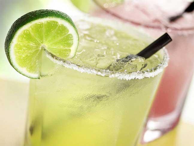 مضار المشروبات المثلجة