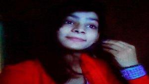 الحكم بالإعدام على أم باكستانية أحرقت ابنتها حية