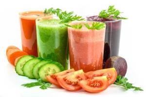 المشروبات الخضراء الطازجة تنظف الجسم من الملوثات وتنقي الدم من السموم