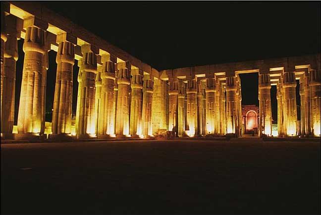 الأقصر تفتتح أول مركز لاستنساخ مقابر ملوك وملكات الفراعنة