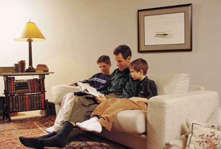 ثماني نصائح لضمان تفوق طفلك دراسيا وعمليا