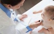 ثلاثة أغراض أساسية على طبيب طفلك تنظيفها يوميًا فهل أنت متأكدة من أنه يقوم بذلك؟
