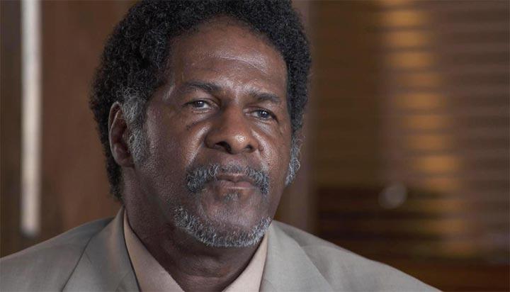 بعد أن قبع في السجن 31 عاما أصبح مليونيرا