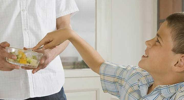 علاج سريع للامساك عند الأطفال