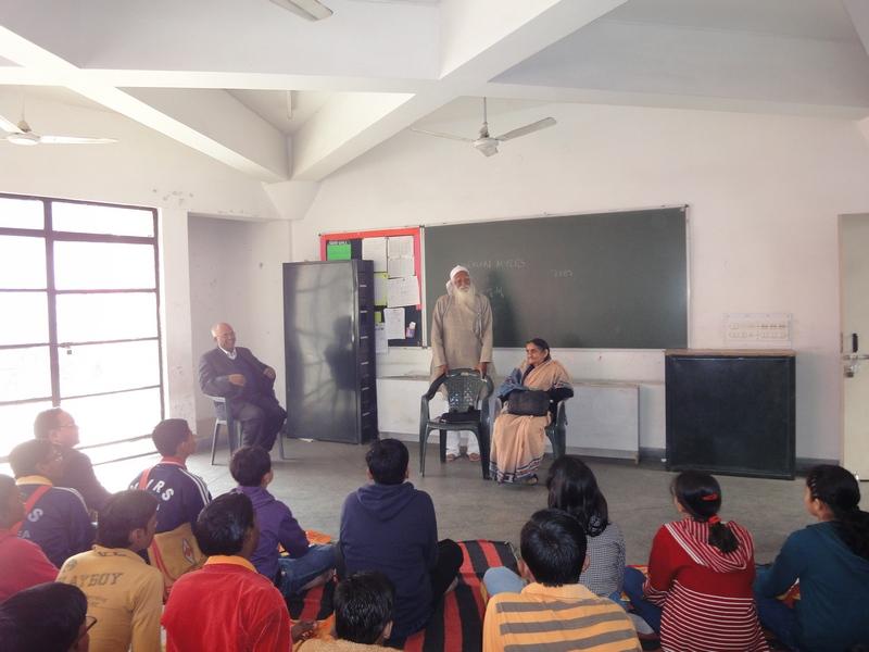Sunderlal Bahuguna in Patna (1/4)