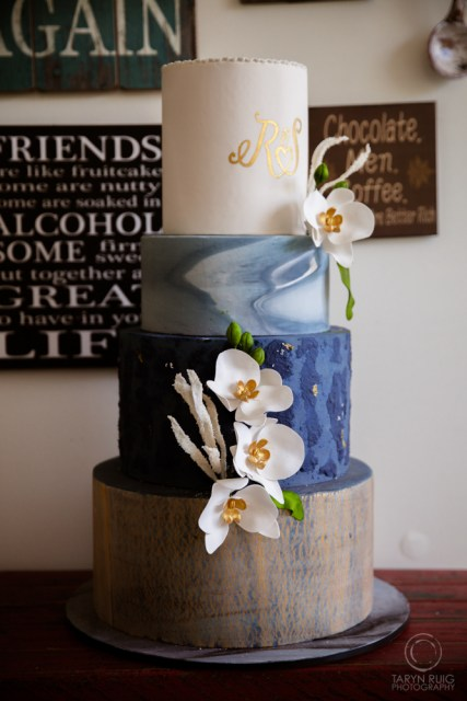 tall-wedding-cake