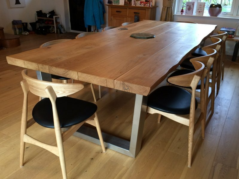 Rustic Dining Table Selection