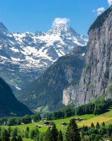 Fond de la vallée de Lauterbrunnen