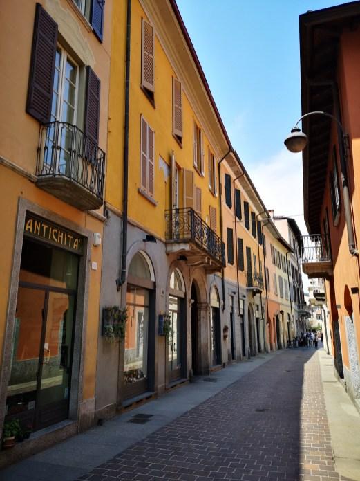 Les rues colorées de Côme