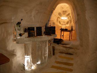 Le bar en glace