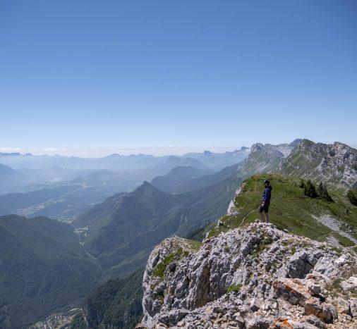 Une vue spéctaculaire du sommet du Pic Saint Michel