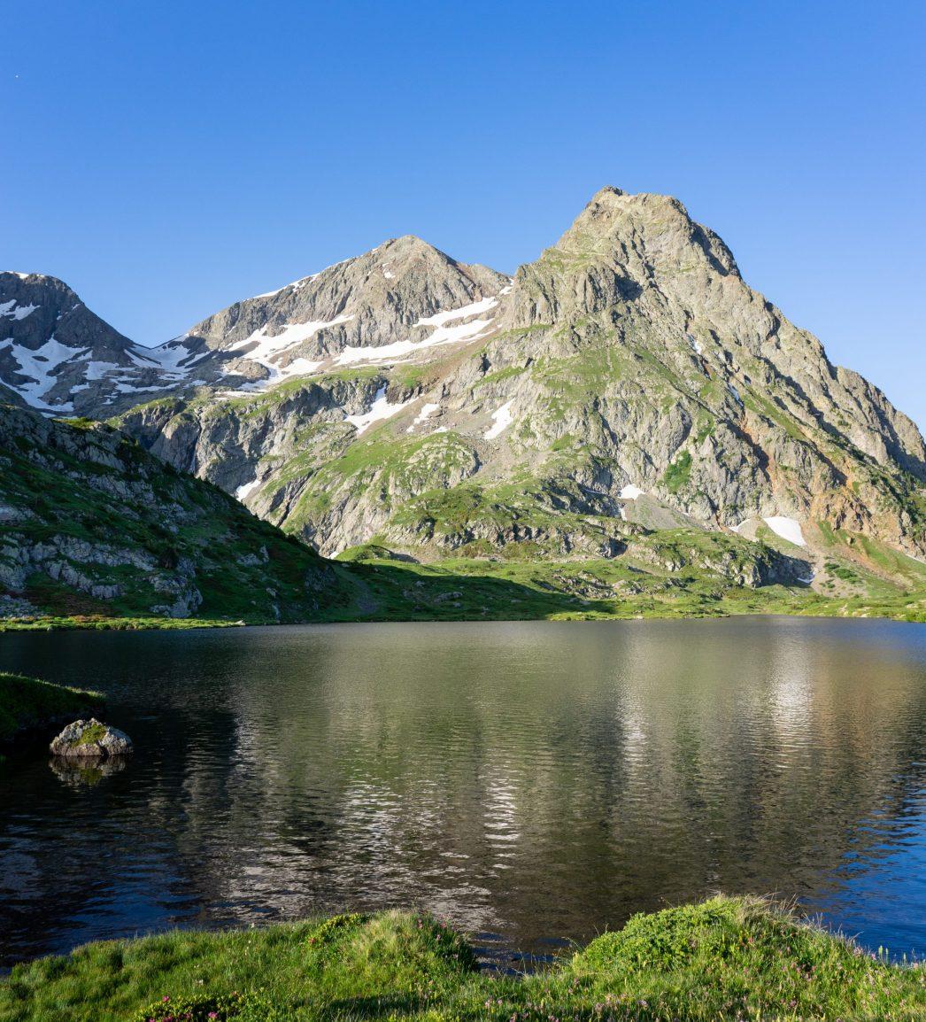 Lac Fourchu dans le massif du Taillefer