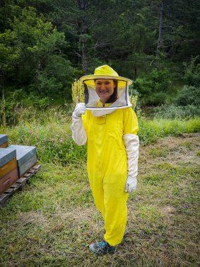 Prête pour ouvir la ruche