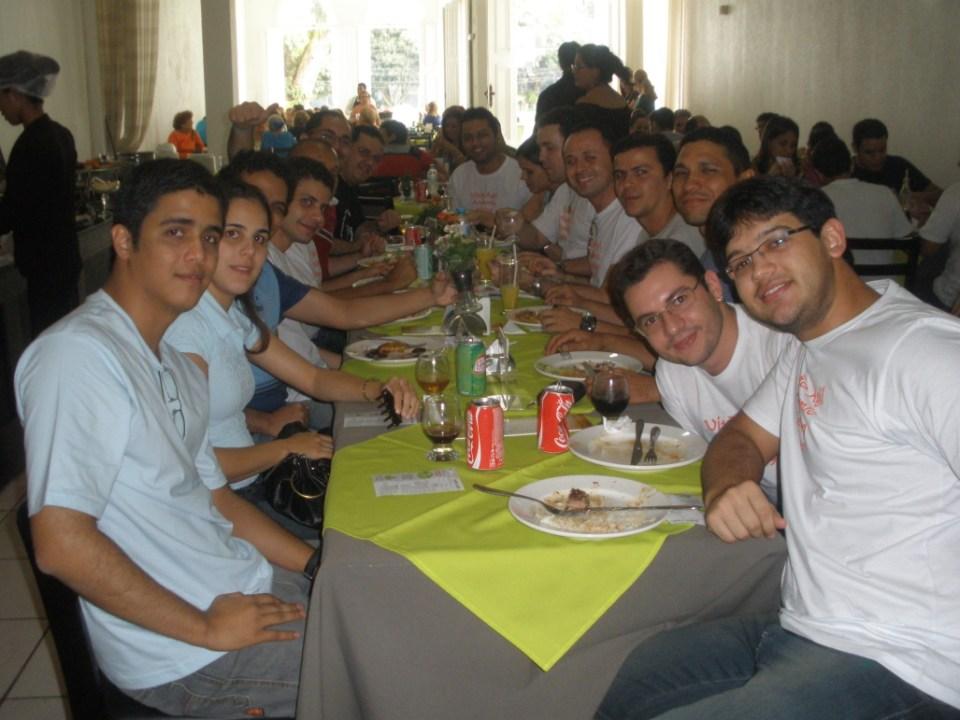 Almoço no Jardim Restô
