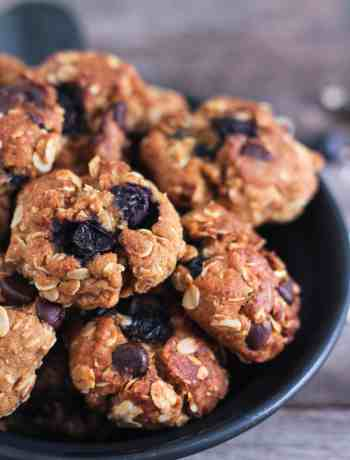Blueberry Chocolate Chip Cookies wholegrain oatmeal vegan recipe