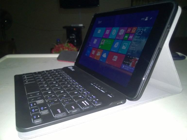 Dell Venue 8 Pro Attached to Fintie Blade X1 Bluetooth Case